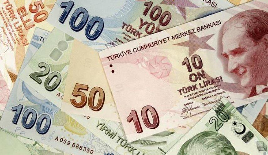 كيف انهارت الليرة وماذا ينتظر الاقتصاد التركي؟ أرقام